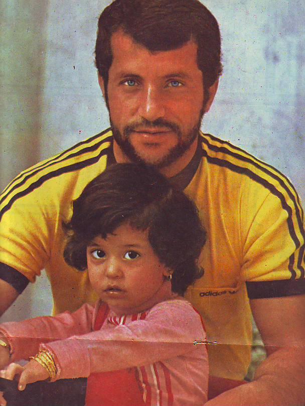 عکسی از علی پروین و دخترش