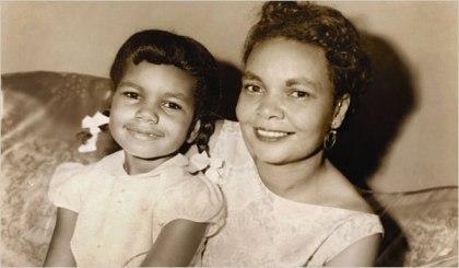 عکس : کاندولیزا رایس در کنار مادرش