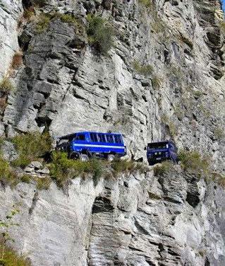 عکس:دوست داری تواین جاده ها همسفر..