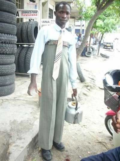 عکس: وقتی شلوار سایز آقایون نباشه