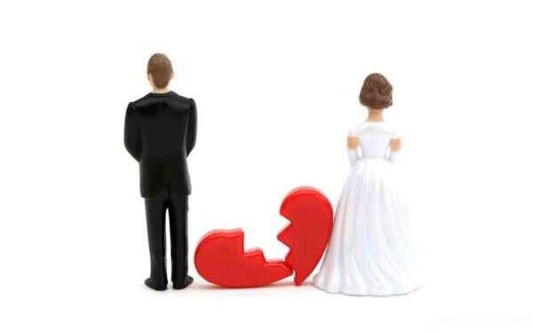 علت شکاف بین خانواده ها و رشد طلاق چیست