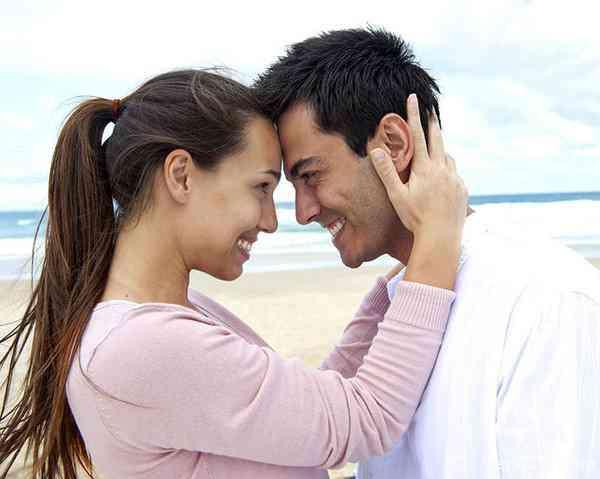 رابطه دوستانه با همسر