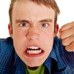 چگونه با آدم خشمگین و عصبانی زندگی کنیم؟؟
