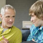 چگونه با نوجوانم ارتباط دوستانه برقرار کنم؟