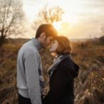یک رابطه عاشقانه حقیقی و سالم این ویژگی ها را دارد