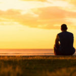 چه کنم تا از اندوه و غم حسرت خوردن بر گذشته آسوده شوم؟