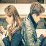 رابطه شما با پیام دادن زیاد سست تر خواهد شد/ زناشویی موفق چگونه است؟