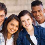 نوجوان ها هنگام تغییرات هورمونی چه اتفاقی برایشان می افتد؟