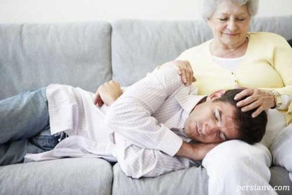 با خانواده شوهری که به همسرمان وابسته اند چگونه رفتار کنیم؟