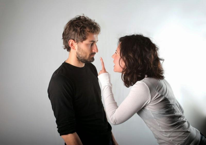 زناشویی موفق| کارهایی که برای شوهرتان نباید انجام بدهید