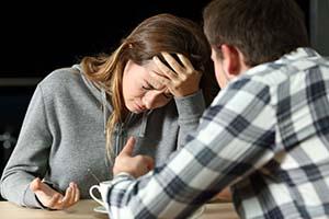 خیانت نامزد | نامزدتان با بهترین دوستتان به شما خیانت کرده، رفتار درست چیست؟