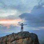 اصول مهم از دیدگاه نویسندگان برای آنکه بهترین فرد درون خود باشید
