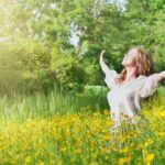 معیارهای رسیدن به خوشبختی را بیاموزیم