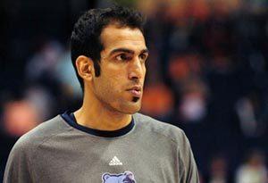 کار ارزشمند حامد حدادی ستاره بسکتبال در مشهد