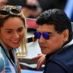 حرکت عجیب و غیراخلاقی مارادونا در ورزشگاه و پایان همکاری فیفا با او!!