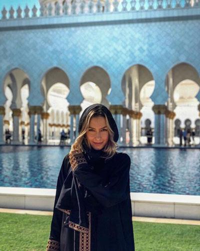 حجاب همسران بازیکنان رئال مادرید در مسجد شیخ زاید در امارات