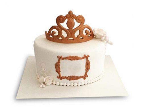 معمای چه کسی کیک ملکه را خورد