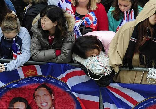 عواید خاندان سلطنتی بریتانیا از حاشیه های یک جشن+تصاویر