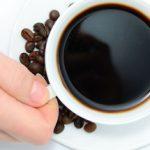 نحوه تمیز کردن لکه چای و قهوه از روی فنجان
