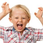 درمان بیش فعالی کودکان و غذاهای مضر برای آن ها