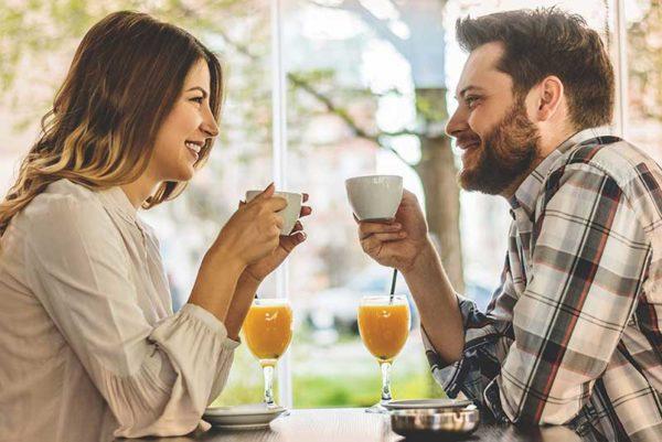 نشانه های عشق مردان به زنان