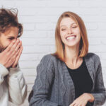 سه ترفند زنانه برای جلب توجه مردان