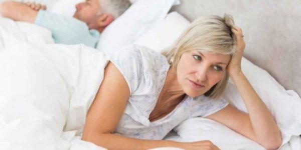 آنچه زنان باید از کاهش میل جنسی بدانند