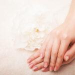 سلامت پوست دست و صورت با گلیسیرین