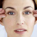 چگونه از شر چروکهای اطراف چشم خلاص شویم؟