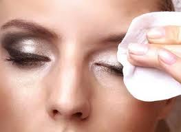 پیشنهادات طب سنتی برای پاک کردن آرایش