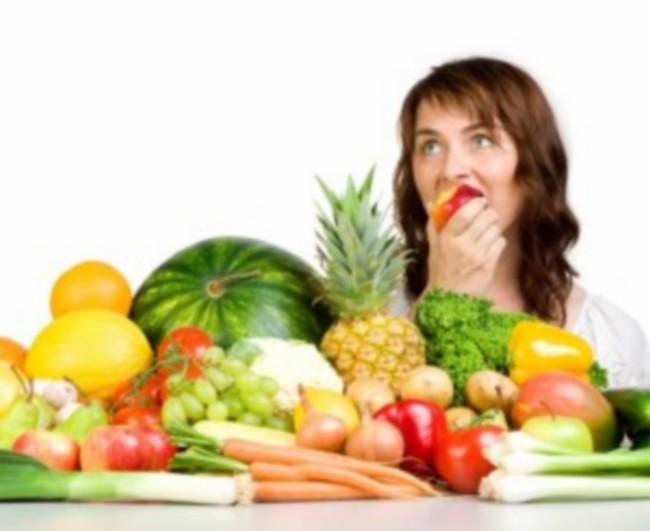 تغذیه دختران در دوران بلوغ و همه آنچیزی که در موردش باید بدانید