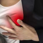 درد نوک پستانها نشانه چیست؟
