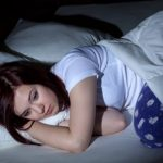 علت بی خوابی شبانه در زنان بالای 40 سال