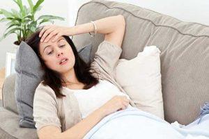 چه عواملی از دیدگاه طب سنتی باعث فیبروم زنانه می شود؟