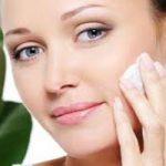 برای پاک کردن آرایش صورت خود از ماست و خیار استفاده کنید