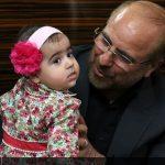 فرزند شهید مدافع حرم در آغوش قالیباف + عکس