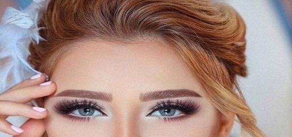 آرایش چشم و گونه