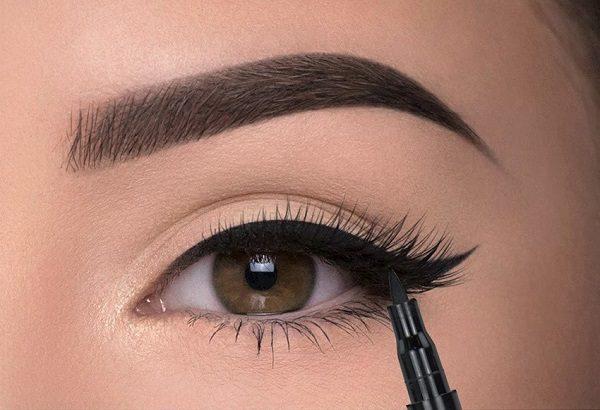 خط چشم آرایش