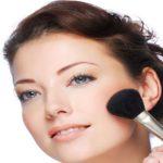 ترفندهای آرایشی زیرکانه که آرایشگران معروف استفاده می کنند