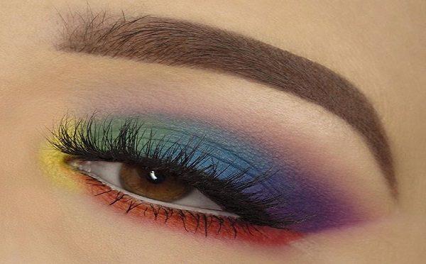 آرایش زیبای خط چشم رنگین کمانی + راهنمای تصویری
