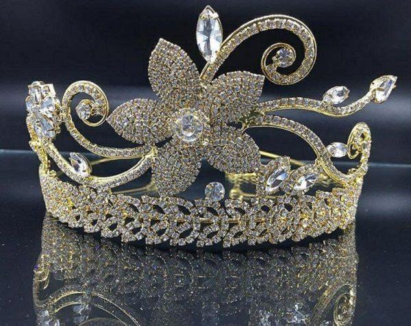 مدل های بسیار زیبای تاج و تزئینات مو عروس برند اسپوزا + عکس(۱)