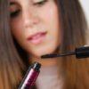 ۵ اشتباه وحشتناک خانم ها در استفاده از ریمل + عکس