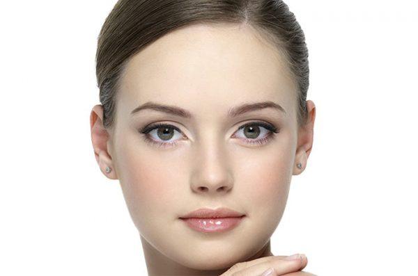 آموزش گام به گام آرایش صورت به شکل طبیعی + تصاویر