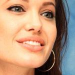 آموزش آرایش لب به سبک لبهای آنجلینا جولی