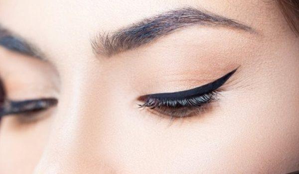 آموزش کشیدن خط چشم و نکات مهم در کشیدن خط چشم
