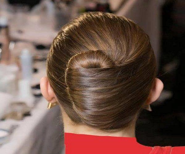 آموزش مدل موی شینیون کلاسیک در پنج مرحله فوری +عکس