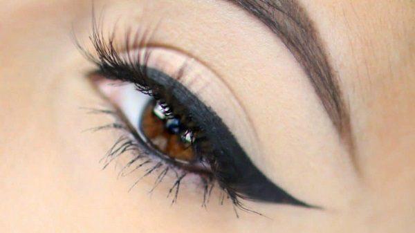 اصول کشیدن خط چشم صحیح را حتما بدانید!!+ عکس