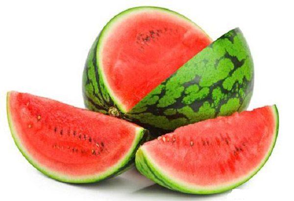 با هندوانه چند ماسک صورت عالی برای پوستتان درست کنید