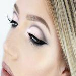 ۴ ترفند آرایشی برای خماری کردن چشمهایتان