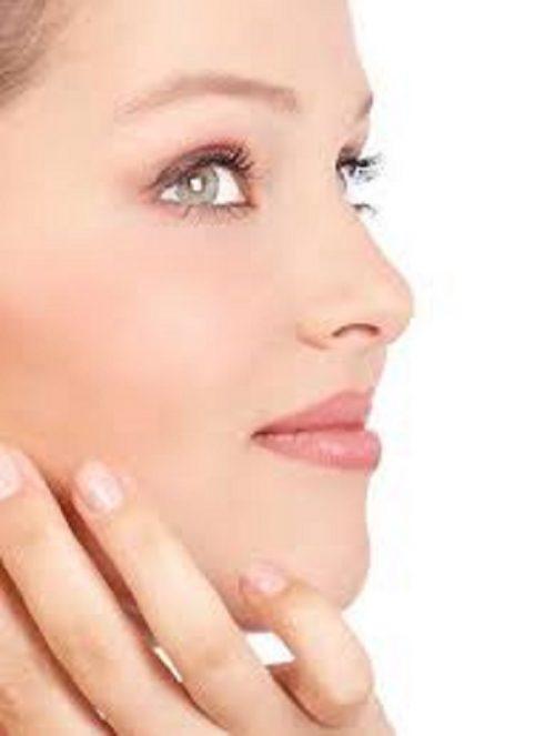 برای داشتن صورتی زیبا و طبیعی باید اینطور آرایش کنید+تصاویر